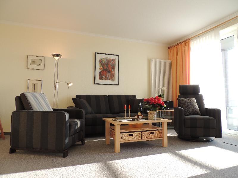 appartement ferienwohnung seew rts wohnen in b sum. Black Bedroom Furniture Sets. Home Design Ideas